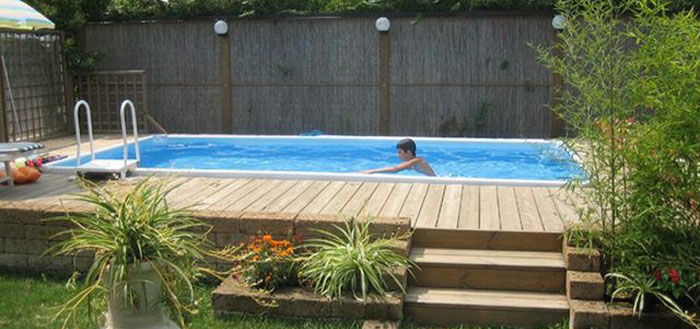 Emejing rivestimento piscina fuori terra ideas - Piscine per giardino fuori terra ...